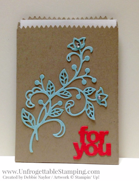 Unfrogettable Stamping | Fabulous Friday gift card holder featuring the Big Shot, Flourish and Mini Treat Bag framelits by Stampin' Up!