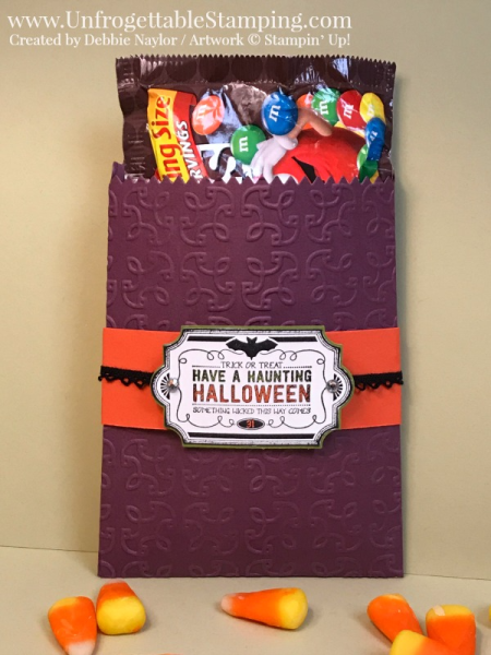 Unfrogettable Stamping | Fabulous Friday Halloween Treat featuring the Mini Treat Bag Thinlits for the Big Shot, Garden Trellis textured impressions folder, Labels to Love stamp set, Everyday Label Punch and Black vintage crochet trim by Stampin' Up!