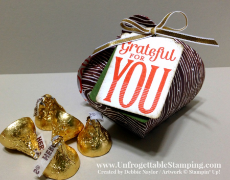 Unfrogettable Stamping | Fabulous Friday Thanksgiving favor featuring the Big Shot, Curvy Keepsake Box Thinlits, Into the Woods DSP, Merry Everything stamp set & Note Tag punch bundle by Stampin' Up!