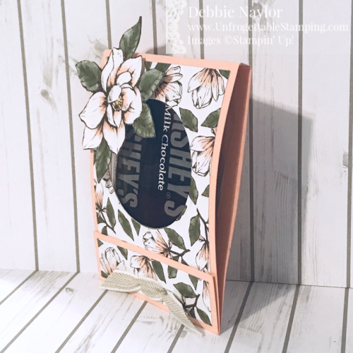 Unfrogettable Stamping | September 2019 Stampers Dozen Blog Hop - Anything But a Card candy favor featuring the Magnolia Lane DSP and ribbon combo pack by Stampin' Up!