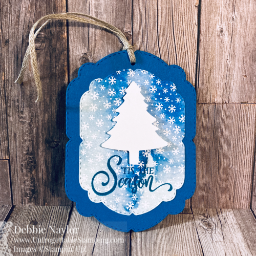 Unfrogettable Stamping | Countdown to Christmas 2020 Ornament gift card holder featuring the Snowflake Splendor DSP, Tag Buffet stamp set, Celebration Labels dies and Pine Tree punch from Stampin' Up!
